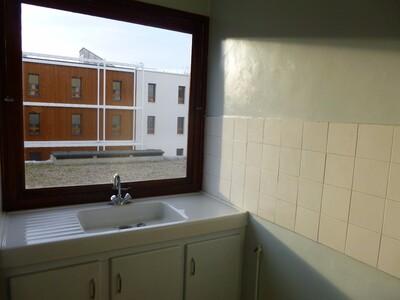 Location Appartement 1 pièce 24m² Saint-Étienne (42100) - Photo 2