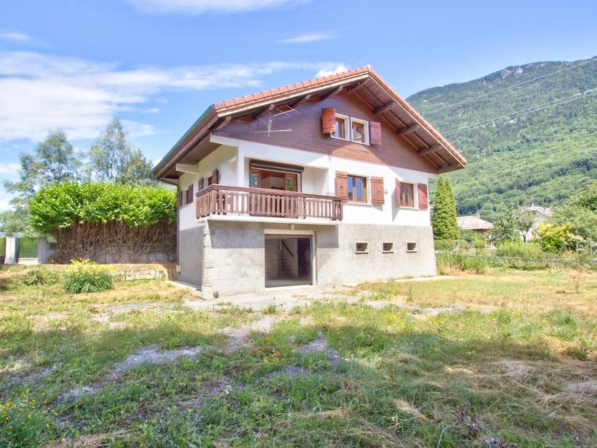 Vente Maison 6 pièces 106m² Saint-Rémy-de-Maurienne (73660) - photo