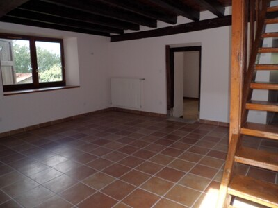 Location Maison 5 pièces 113m² Bellegarde-en-Forez (42210) - Photo 3
