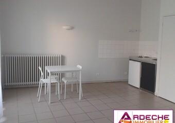 Location Appartement 1 pièce 35m² Privas (07000) - Photo 1