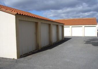 Location Garage 12m² Saint-Cyprien Plage (66750) - Photo 1