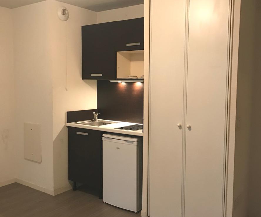 Renting Apartment 2 rooms 38m² Saint-Martin-le-Vinoux (38950) - photo