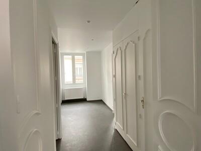 Location Appartement 3 pièces 89m² Saint-Étienne (42000) - Photo 13