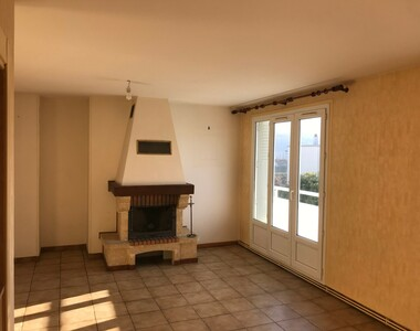 Location Appartement 4 pièces 60m² Saint-Martin-d'Hères (38400) - photo