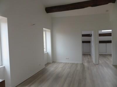 Location Appartement 48m² Billom (63160) - Photo 2
