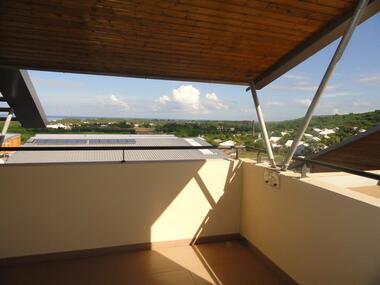 Vente Appartement 4 pièces 77m² Saint-Gilles les Bains (97434) - photo