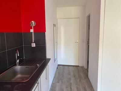 Location Appartement 3 pièces 60m² Saint-Chamond (42400) - Photo 9