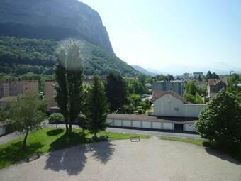 Location Appartement 4 pièces 63m² Saint-Égrève (38120) - photo