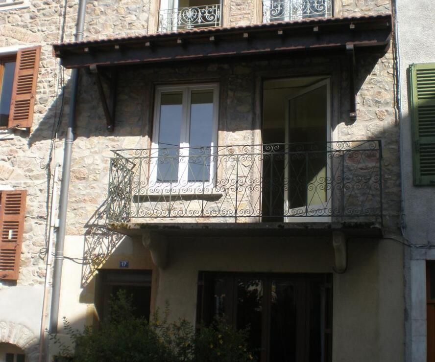 Location Maison 4 pièces 136m² Cublize (69550) - photo