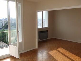 Vente Appartement 4 pièces 73m² Saint-Martin-d'Hères (38400) - photo 2