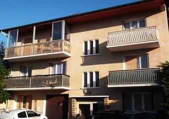 Location Appartement 2 pièces 48m² Saint-Laurent-de-Mure (69720) - photo