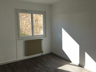 Location Appartement 2 pièces 44m² Saint-Étienne (42100) - Photo 5