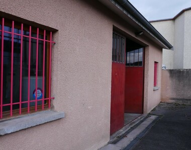 Location Local commercial 2 pièces 106m² Vaugneray (69670) - photo