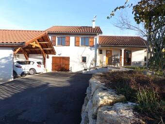 Vente Maison 7 pièces 108m² Saint-Étienne-de-Saint-Geoirs (38590) - Photo 1