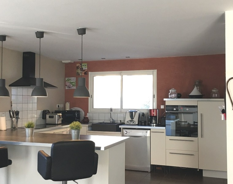 Sale House 5 rooms 114m² Saint-Georges-d'Espéranche (38790) - photo