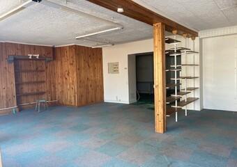Renting Commercial premises 4 rooms 93m² Luxeuil-les-Bains (70300) - Photo 1