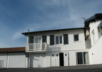 Vente Maison 4 pièces 130m² Mouguerre (64990) - photo