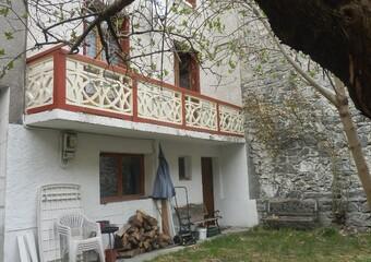 Sale House 5 rooms 80m² LE BOURG-D'OISANS - Photo 1