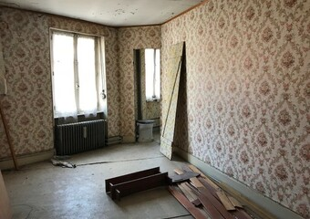 Sale Apartment 5 rooms 120m² Lure (70200) - photo