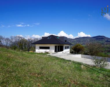 Vente Maison 16 pièces 564m² Brié-et-Angonnes (38320) - photo