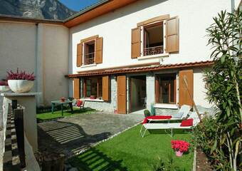 Sale House 5 rooms 123m² Crolles (38920) - photo