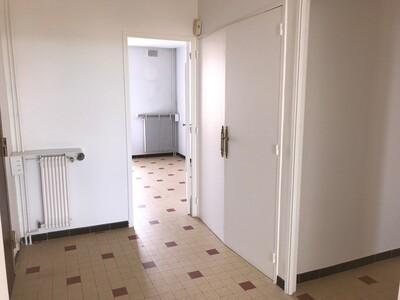 Location Appartement 3 pièces 68m² Saint-Étienne (42100) - Photo 12