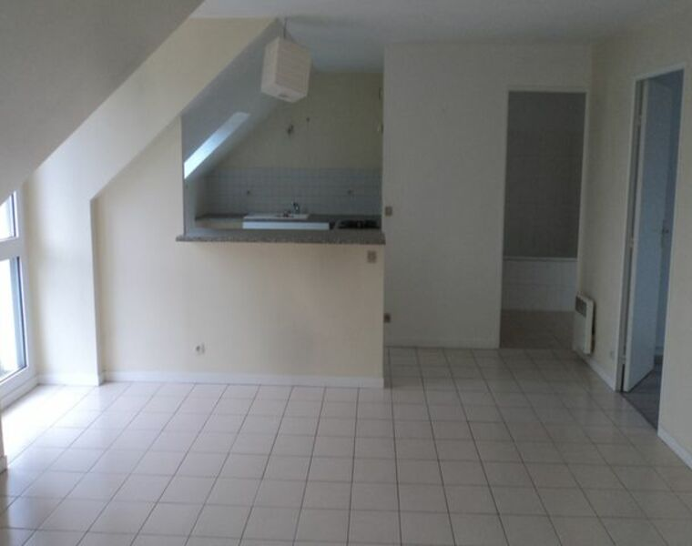 Location Appartement 2 pièces 54m² Pacy-sur-Eure (27120) - photo