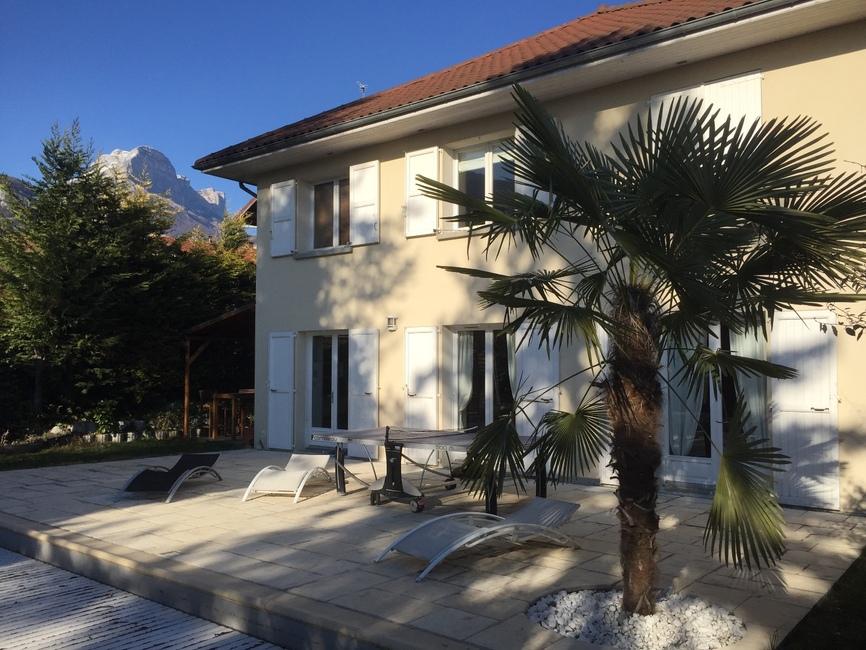 Vente Maison 7 pièces 214m² Saint-Nazaire-les-Eymes (38330) - photo