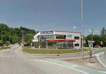 Location Local commercial 220m² Rumilly (74150) - photo