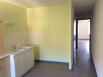 Location Appartement 2 pièces 50m² Saint-Jean-en-Royans (26190) - photo