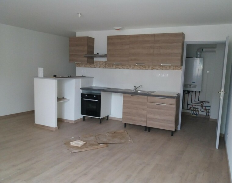 Location Appartement 72m² Thizy (69240) - photo