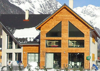 Vente Fonds de commerce 10 pièces 300m² Le Bourg-d'Oisans (38520) - photo