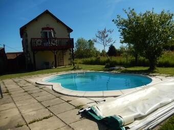 Vente Maison 4 pièces 112m² Neuvy-Bouin (79130) - Photo 1