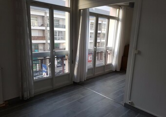 Location Appartement 2 pièces 45m² Saint-Nazaire (44600) - Photo 1