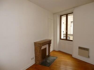 Location Appartement 3 pièces 44m² Saint-Étienne (42000) - Photo 2