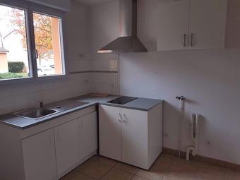 Location Maison 4 pièces 79m² Vendat (03110) - photo