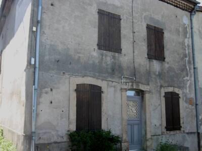 Location Maison 7 pièces 135m² Saint-Jean-des-Ollières (63520) - Photo 1