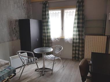 Location Appartement 1 pièce 19m² Bellerive-sur-Allier (03700) - photo
