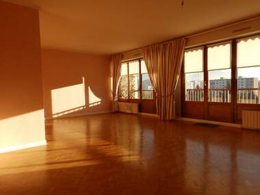 Renting Apartment 4 rooms 101m² Échirolles (38130) - photo