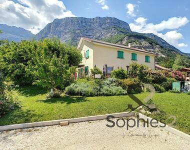 Vente Maison 9 pièces 180m² Saint-Paul-de-Varces (38760) - photo