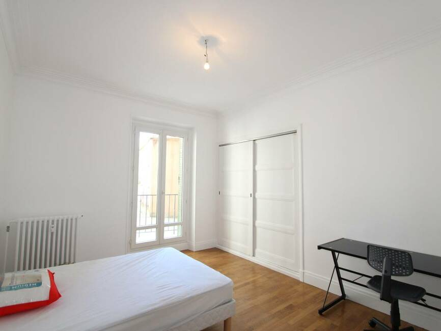 Location appartement 5 pi ces grenoble 38000 294787 for Appartement meuble grenoble louer