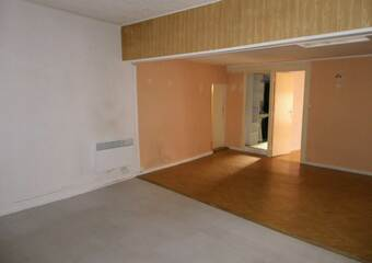 Location Appartement 3 pièces 79m² Saint-Laurent-de-Mure (69720) - Photo 1