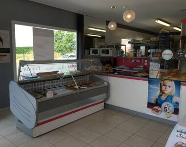 Vente Local commercial 2 pièces 110m² Lapeyrouse-Mornay (26210) - photo