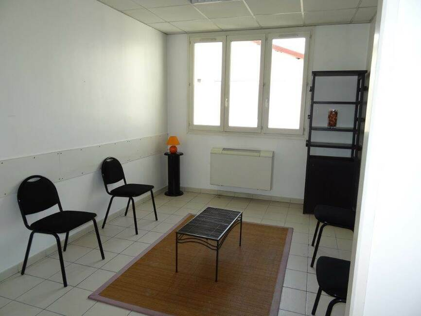 Location commerce bureau 1 pi ce grenoble 38100 94459 for Bureau grenoble