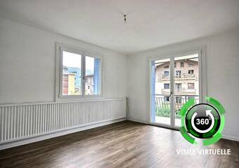 Renting Apartment 3 rooms 65m² Bourg-Saint-Maurice (73700) - photo