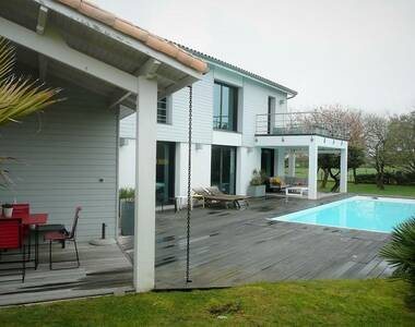 Sale House 10 rooms 225m² Talmont-Saint-Hilaire (85440) - photo