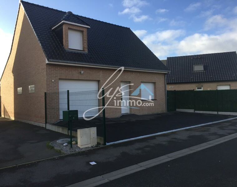 Location Maison 97m² Estaires (59940) - photo