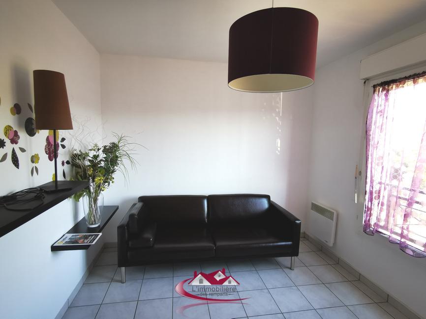Renting Apartment 3 rooms 60m² Nogent-le-Roi (28210) - photo