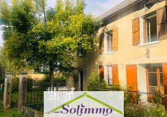 Vente Maison 6 pièces 200m² Les Abrets (38490) - Photo 1
