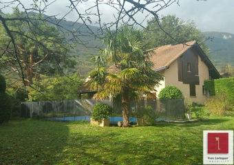 Sale House 8 rooms 150m² Claix (38640) - photo